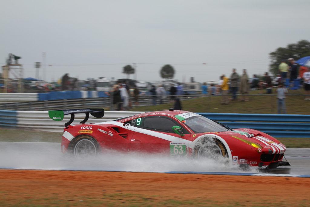 Christina Nielsen og Scuderia Corsa vandt GTD-klassen i et heftigt uvejr på Sebring. Foto: Jan Kaiser