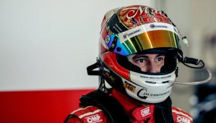 Mikkel Mac indgår 2017-kontrakt med fabriksstøttet Ferrari-team