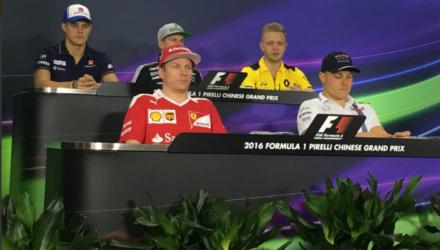 Kevin Magnussen før det Kinesiske Formel 1-grandprix 2016