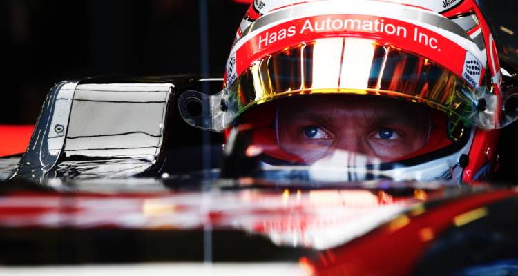 Se Formel 1 TV og Kevin Magnussen Formel 1 2017.