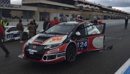 Den nye Insight Racing Honda Civic TCR viste stor fart inden tekniske problemer kostede den videre deltagelse.