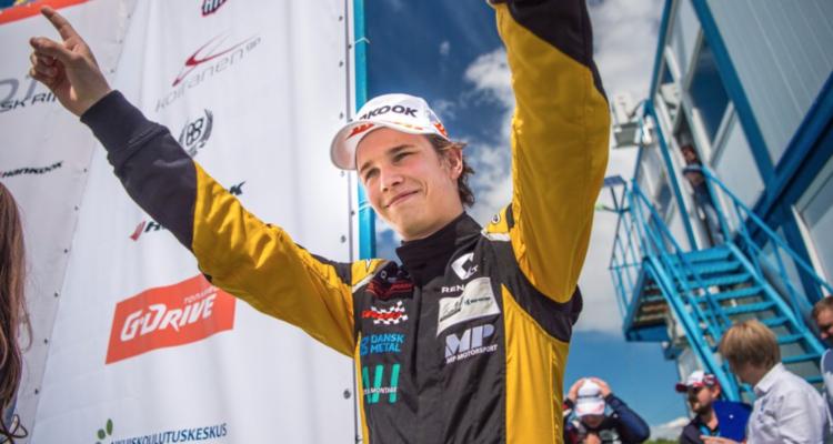 Christian Lundgaard fører Formel 4 serie efter sejr i Finland