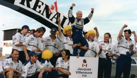 Den canadiske racerkører, Jacques Villeneuve, der vandt Formel 1 i 1997, deltager i Copenhagen Historic Grand Prix, hvor han er til start i det traditionsrige Royal Pro/Am.