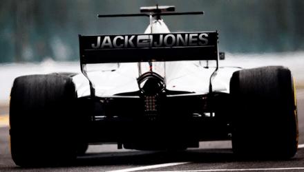 BESTSELLER koncernen er klar med flere sponsorkroner til Kevin Magnussen og resten af formelt 1 teamet Haas. Helt præcis kommer brandetnavnet til at figurere på bilens bagende samt på kørerne og teamets dragter.